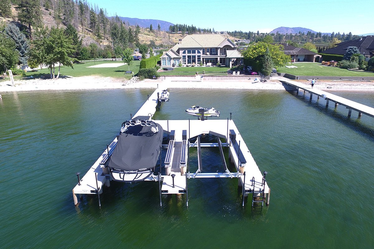6 Things to Consider When Choosing a Residential Dock for Your Home